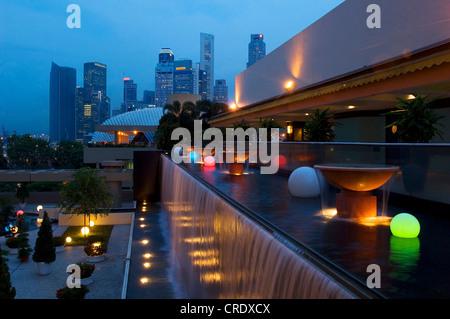 Singapur at night, Singapore - Stock Photo