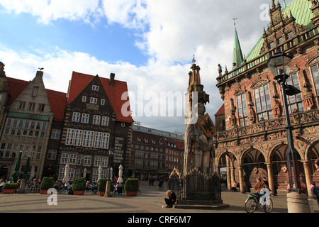 Bremen town square and statute of Roland, Germany 2012 - Stock Photo