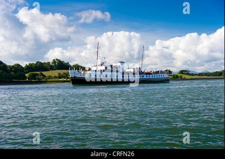 Balmoral steaming through the menai straits. On a day cruise trip around Anglesey North Wales Uk. - Stock Photo