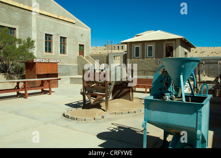 diamond cleaning tools in Kolmanskop, an abandoned diamond town, Namibia, Kolmanskop - Stock Photo