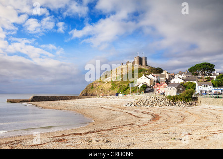 The town and castle of Criccieth, North Wales, on a bright summer day with clearing weather. - Stock Photo