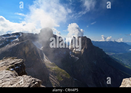 Pale di san Martino against the sun. View of Ball and Saas Maor mount from Rosetta peak, San Martino di Castrozza, - Stock Photo
