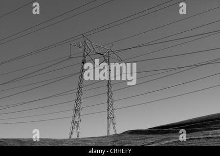 Pylon and power lines - California USA - Stock Photo