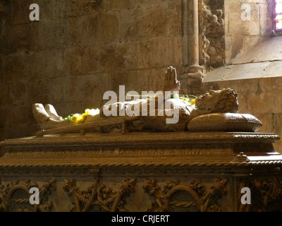 tomb of Lu�s Vaz de Cam�es at the Jer�nimos Monastery, Bel�m, Portugal, Lisbon - Stock Photo