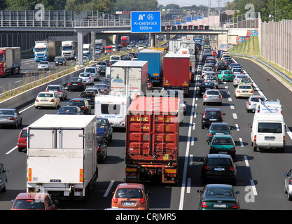 slow-moving traffic on motorway ring of Cologne, Germany, North Rhine-Westphalia, Cologne - Stock Photo
