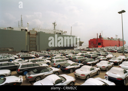 Emden, cars awaiting shipment