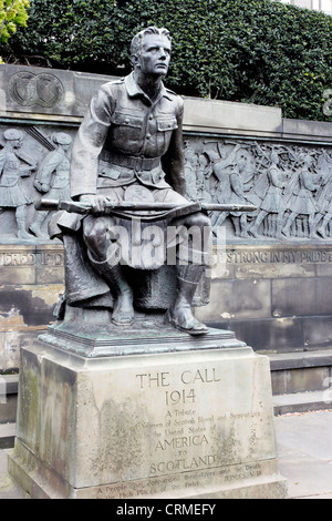 The joint American/Scottish Great War monument known as 'The Call' in Edinburgh, Scotland. - Stock Photo