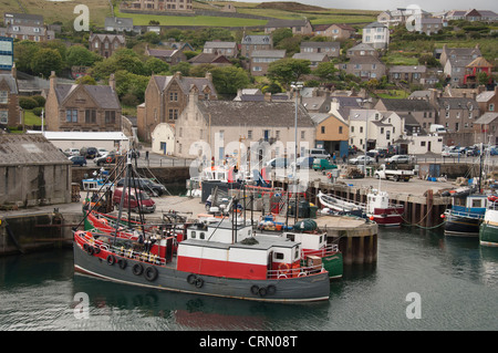 Scotland, Orkney Islands, Mainland, Stromness. North Atlantic waterfront port of Stromness. - Stock Photo