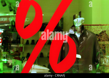 Percent sign in front mannequin with half head - Stock Photo