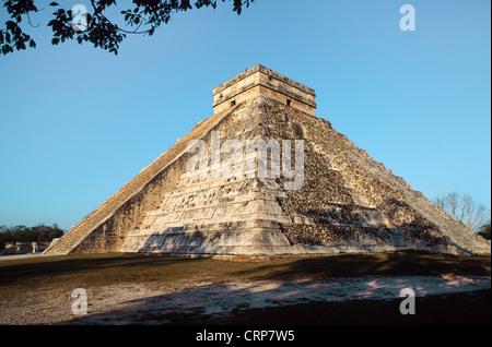 El Castillo, Pyramid of Kukulcan Mayan temple at Chichen Itza, Yucatan, Mexico - Stock Photo