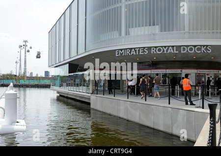 Ticket office for Emirates Air Line sponsored cable car crossing River Thames between Greenwich Peninsula and Royal - Stock Photo