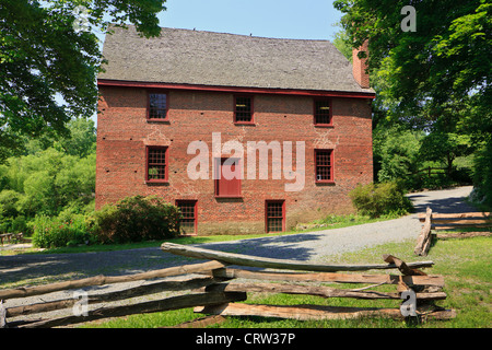 Colvin Run Mill Historic Site, a water-powered gristmill, built about 1805, Great Falls, Virginia, Fairfax County - Stock Photo