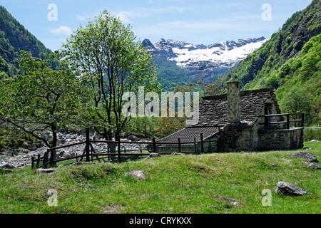 traditional rustico stone house - vegornesso valley - canton of ticino - switzerland - Stock Photo