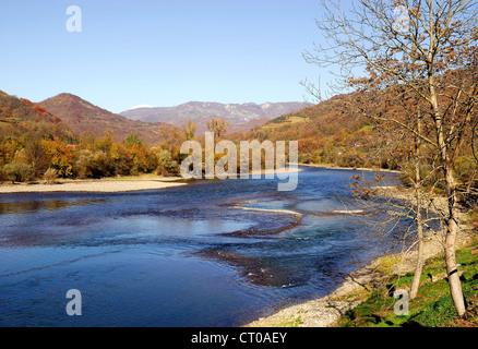 Serbia : the river Drina marks theSerbian-Bosnian border. - Stock Photo