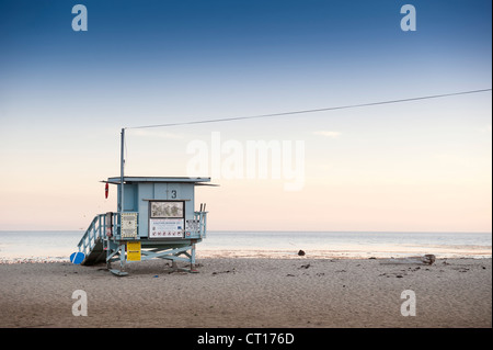 Lifeguard hut on sandy beach - Stock Photo