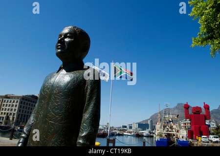 Statues of South Africa's four Nobel Peace prize laureates in the waterfront in Cape Town - Stock Photo