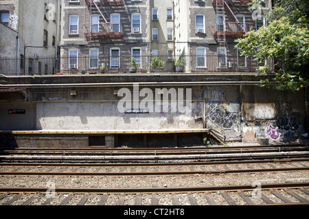 Open air subway station at Cortelyou Road along the F line in Brooklyn, NY. - Stock Photo