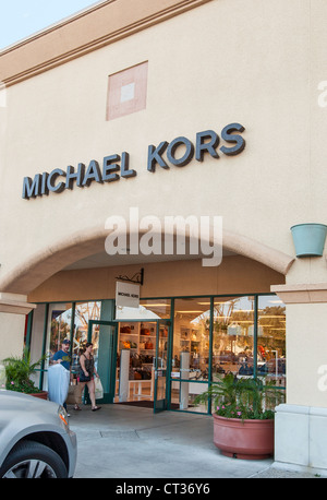 Michael kors store at the fashion outlets of chicago mall for Michaels craft store las vegas nevada