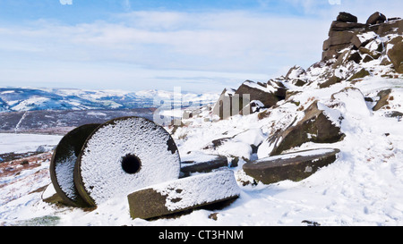 Snow covering the wheelstones on Stanage Edge Derbyshire Peak District national park England GB UK EU Europe - Stock Photo