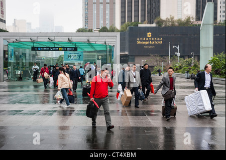 A grey day in the centre of Shenzhen, where the development of modern China began. - Stock Photo