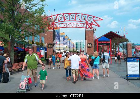 Navy Pier, Chicago, Illinois - Stock Photo
