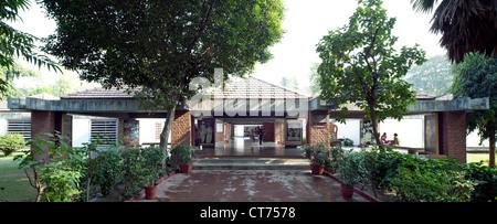 Gandhi Samarak Sangrahalaya at Sabarmati Ashram, Ahmedabad, India. Architect: Charles Correa, 1963. Entrance to - Stock Photo