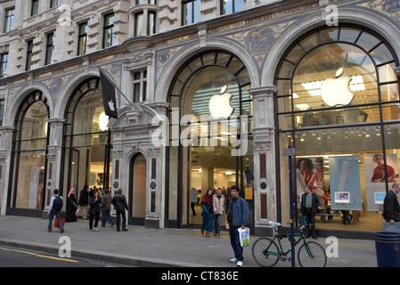 London - Apple Store in Regent Street at night - Stock Photo