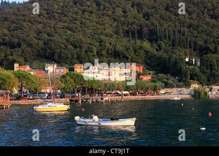 Sonnenuntergang Lake Garda Gardasee - Stock Photo
