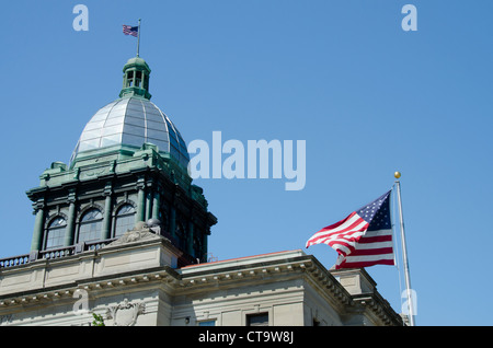 Wisconsin, Manitowoc. Manitowoc County Courthouse, c.1906, listed in National Register of Historic Places. - Stock Photo