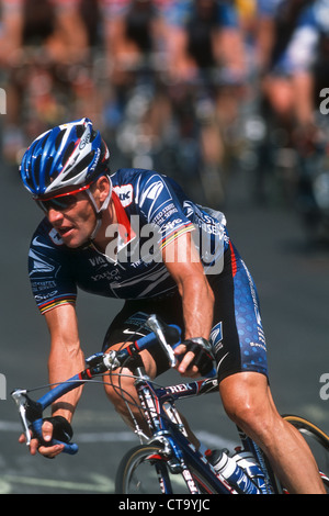 Lance Armstrong competing for the US Postal Service Team at the 2002 New York City Cycling Championships. - Stock Photo