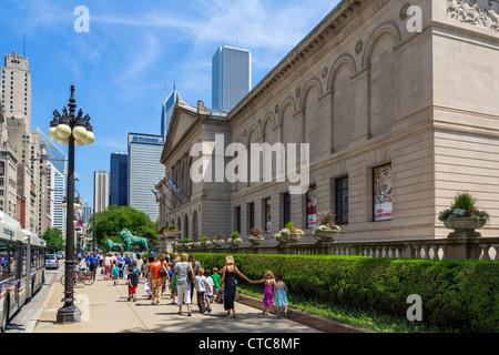 The Art Institute of Chicago on Michigan Avenue, Chicago, Illinois, USA - Stock Photo