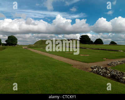 Wiltshire England Old Sarum Motte And Bailey Castle Built In The 11th Century For William The Conqueror - Stock Photo