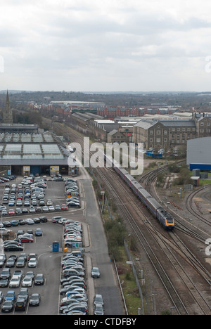 A First Great Western train arrives at Swindon heading to London Paddington - Stock Photo