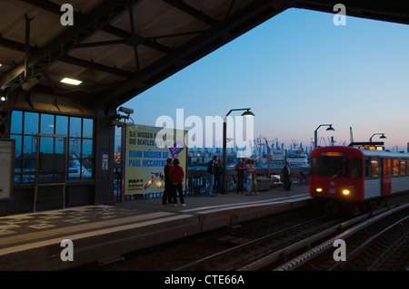 Metro train approaching Baumwall station Mitte central Hamburg Germany Europe - Stock Photo