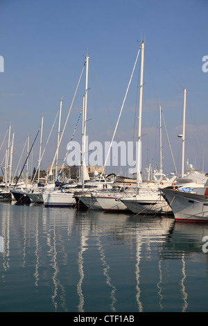 Port Vauban, Antibes, Cote d Azur, French Riviera, Alpes Maritimes, Mediterranean, France, Provence, Europe - Stock Photo
