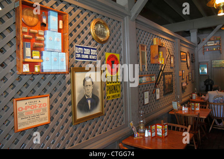 Stuart Florida Cracker Barrel Restaurant Interior Decor Americana Theme