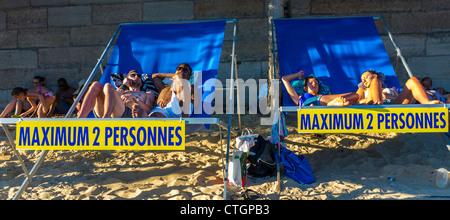Paris, France, People Enjoying Public Events, 'Paris Beach', (Paris Plages), in Center CIty, Relaxing in Lounge - Stock Photo
