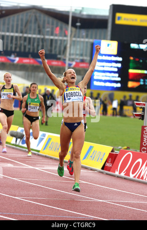 Ancuta BOBOCEL (Romania) wins the womens 3000 metres steeplechase at the AVIVA 2012 London Grand Prix at Crystal - Stock Photo
