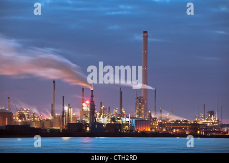 The Netherlands, Rotterdam, Port, Petro chemical industry. - Stock Photo