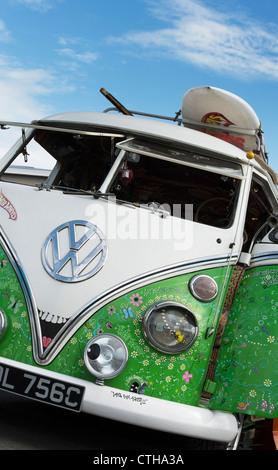 VW Split Screen Volkswagen camper van. Seventies hippie style - Stock Photo