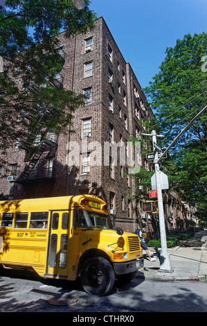 School Bus in Brooklyn Hights, Brown Stone Houses, New York - Stock Photo