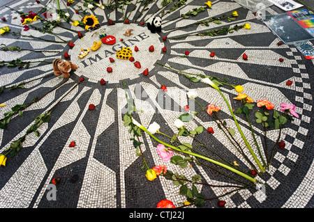 Strawberry Fields Memorial  to John Lennon , Central Park , New York