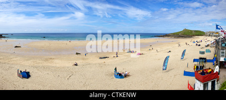 Panoramic photo of summer sunshine on Porthmeor beach, St Ives, Cornwall, Southwest England, UK, GB, Europe - Stock Photo