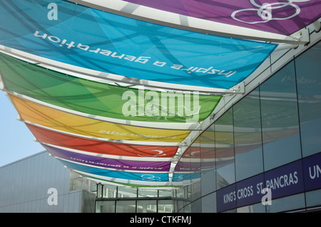 'Inspire a generation' - London 2012 Olympics multi-coloured canopy on Kings Cross Station - Stock Photo