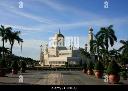 Sultan Omar Ali Saifudding Mosque, Bandar Seri Begawan, Brunei, Southeast Asia - Stock Photo