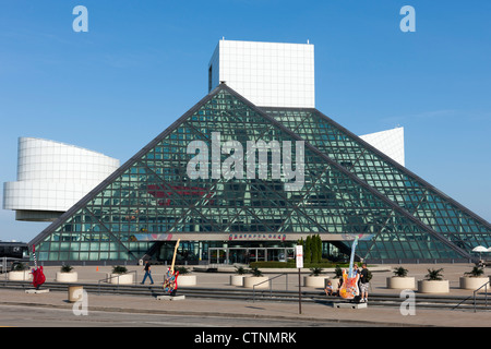 The Rock and Roll Hall of Fame and GuitarMania guitars in Cleveland, Ohio. - Stock Photo