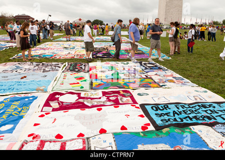 AIDS Memorial Quilt panels are put on display on the Mall to mark its 25th anniversary - Stock Photo