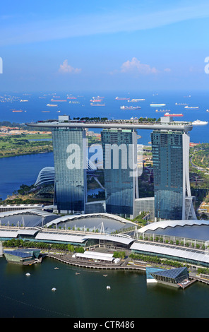 Marina bay sands and skypark luxury five star hotel for Singapore five star hotel