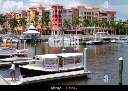 Florida, FL, South, Collier County, Naples, Naples Bay, Gordon River, Bayfront Marina, shopping shopper shoppers - Stock Photo