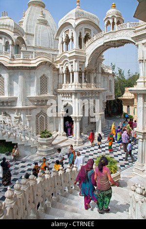 Tourists visiting Sri Krishna Balaram Mandir, a Gaudiya Vaishnava temple in the holy city of Vrindavan, Uttar Pradesh, - Stock Photo